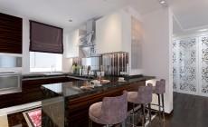 Кухня столовая в загородном коттедже, выполненная в классическом стиле