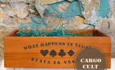 Деревянный ящик с надписью What Happens in Vegas, Stays In Vegas