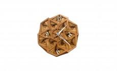 Уникальные настенные часы из дерева