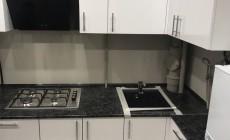 Кухонный гарнитур от Premier Garden: когда на кухне ну очень много труб
