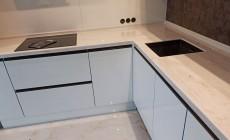 Кухонная столешница Corian с мраморной текстурой