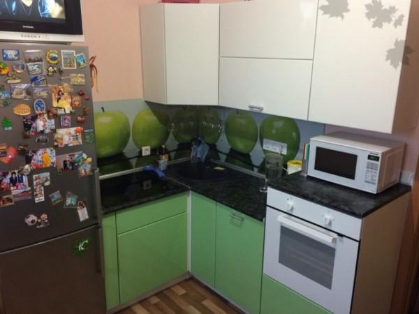 Кухня с яблоками от Premier Garden