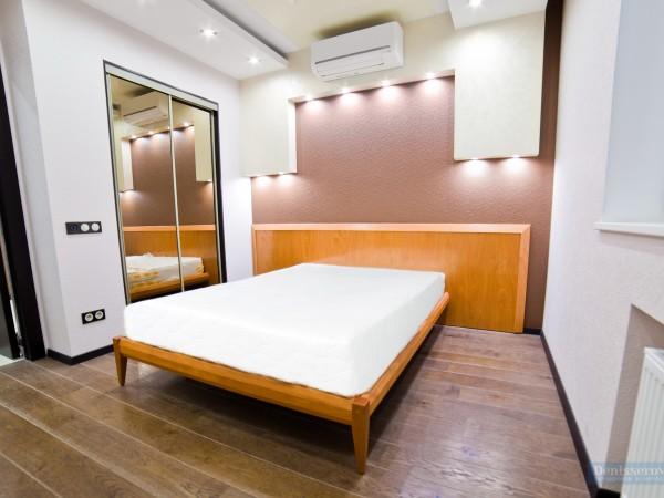 Спальня для гостей 10 кв. м в современном стиле
