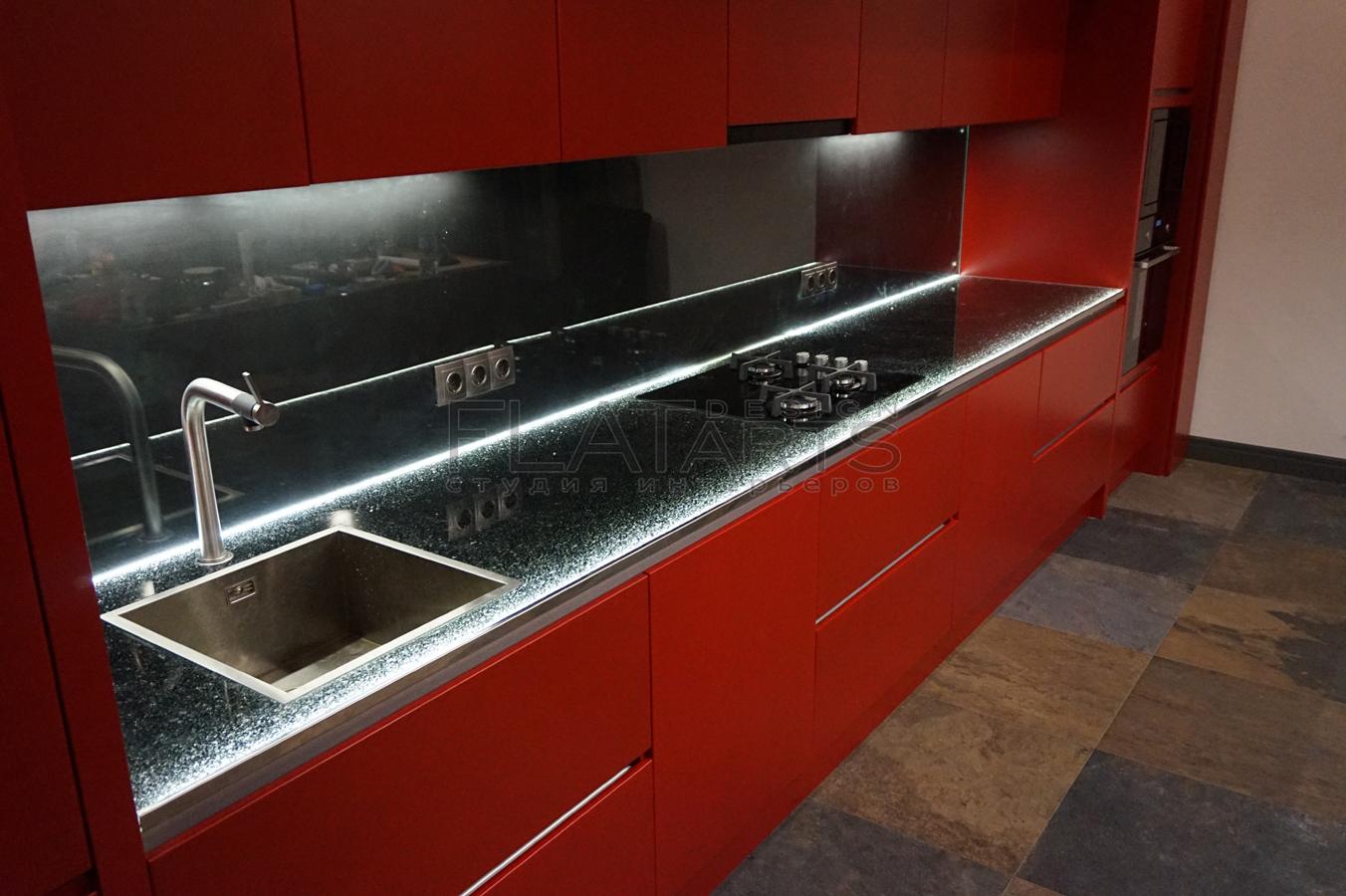 Использование стеклянных конструкций  в лофте