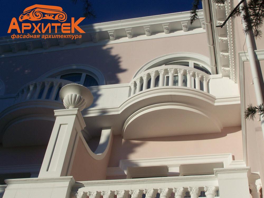 Декоративные элементы фасада на основе пенопласта