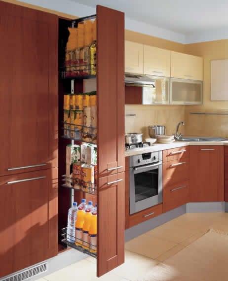 Выдвижные корзины для кухни