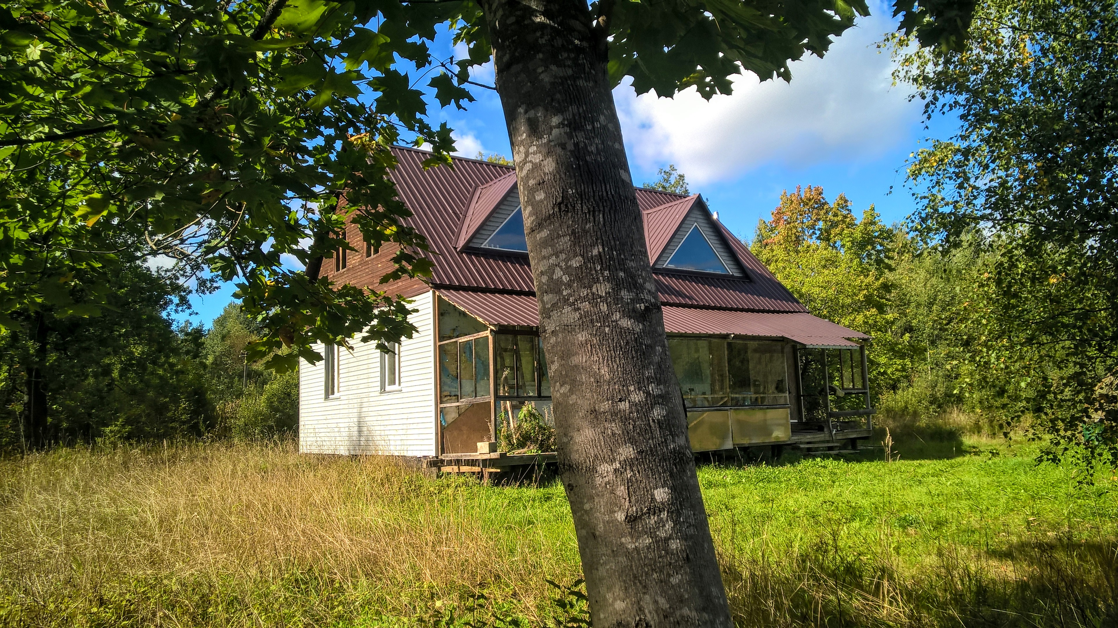 Жилой дом на хуторе, своя газовая ветка, 7 гектар земли
