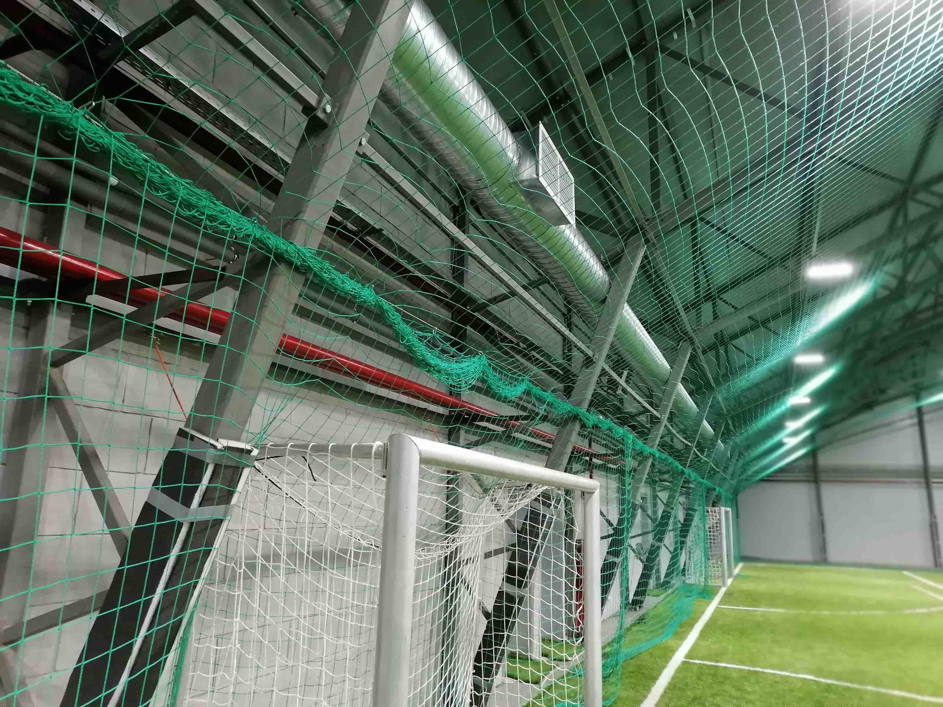 Строительство футбольного манежа